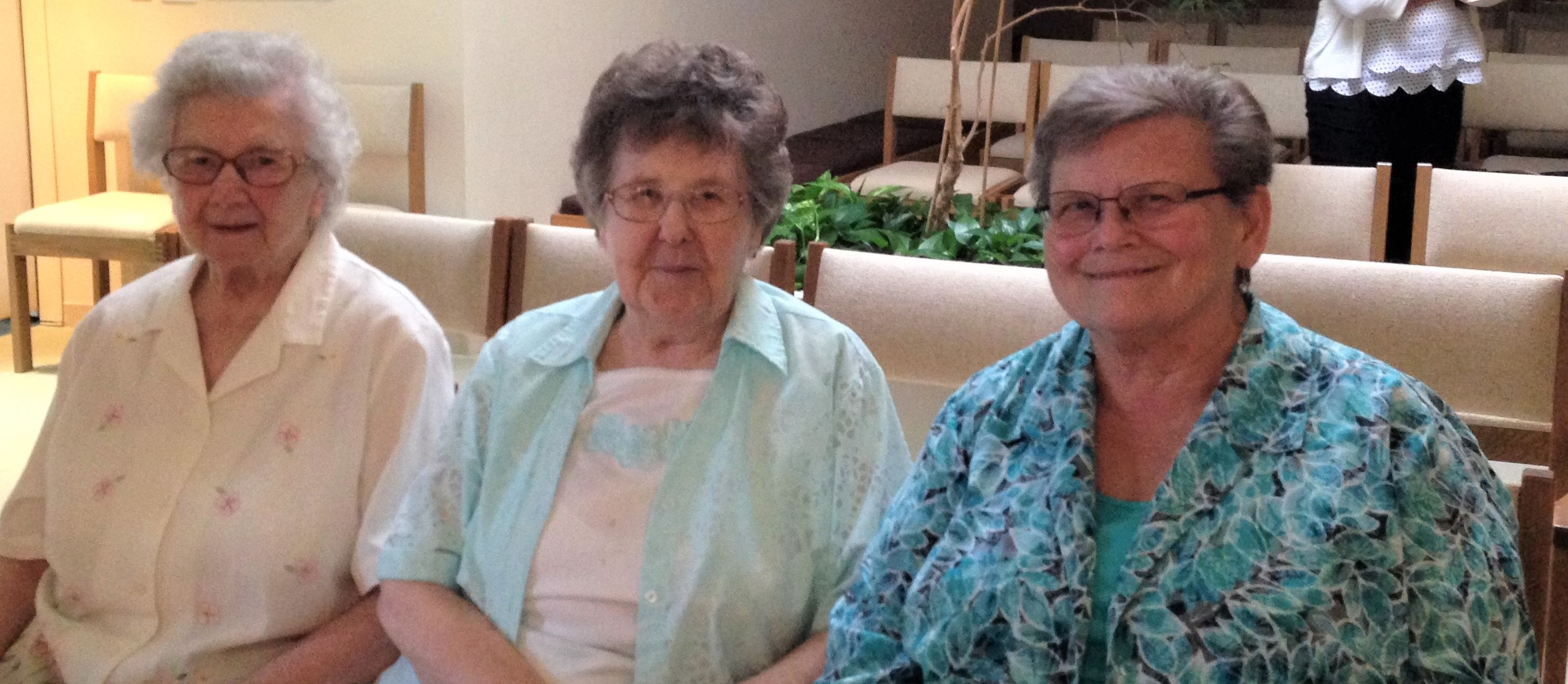 Sister Edith Kahler (middle)